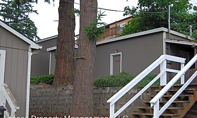 Building, 4682 Riverview Ave, 2