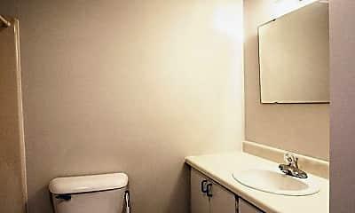 Bathroom, 309 Pecan St, 2