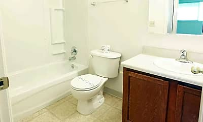 Bathroom, Hidden Oaks Village, 2