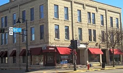 Building, 2 E Fulton St, 0
