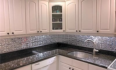 Kitchen, 305 N Pompano Beach Blvd 308, 1