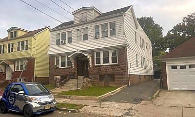 Building, 432 Leslie St, 0