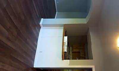 Living Room, 131 Pine St NE, 1