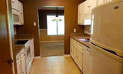 Kitchen, 2007 Village Creek Dr, 1