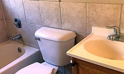 Bathroom, 1510 S McKinley St, 2