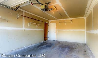 Kitchen, 1007 N Windsor Ave, 1