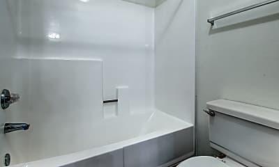 Bathroom, Lantana Gardens, 2