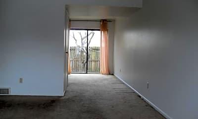 Living Room, 4851 Moreland Dr W, 1