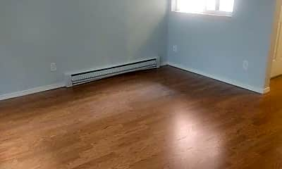 Living Room, 1718 Summit Ave, 1