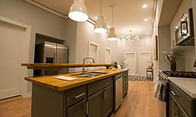 Kitchen, 2732 S Bonfield St, 0