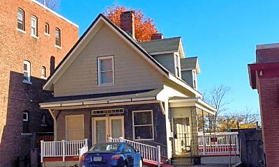 Building, 196 Adams St, 0