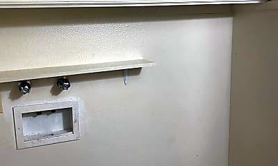 Bathroom, 2913 Los Amigos Ct, 2