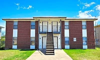 Building, 1109 Circle M Dr Apt A, 0
