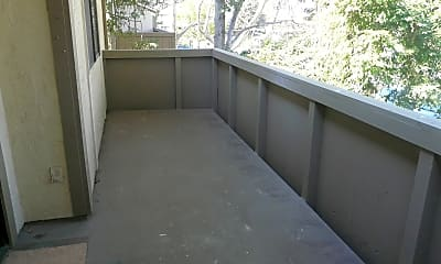 Patio / Deck, 1054 N Abbott Ave, 2