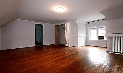 Living Room, 162 Babcock St, 2