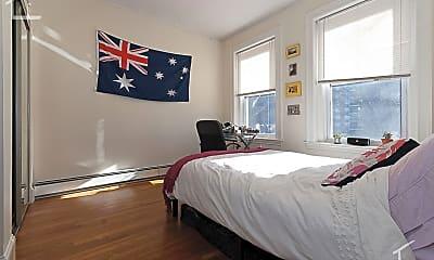 Bedroom, 73 Thatcher St, 2