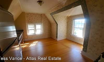 Bedroom, 506 N Cascade Ave, 1