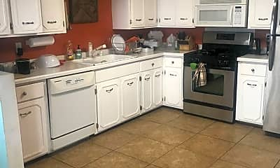 Kitchen, 18613 Langly Ct N, 1