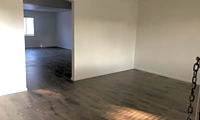 Living Room, 410 N Frederic St 1, 1