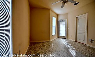 Living Room, 8290 Gate Pkwy W, 2