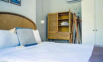 Bedroom, 1 E Gordon St, 1