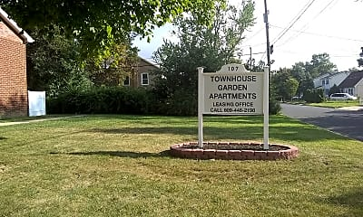 Townhouse Gardens, 1