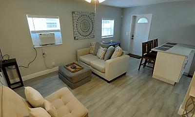 Living Room, 519 31st St, 1