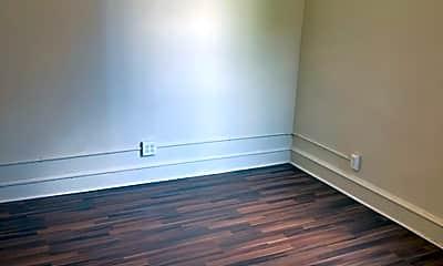 Bedroom, 859 E Westmoreland St, 2