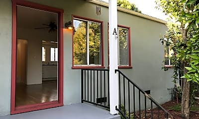 Patio / Deck, 641 Hawthorne St, 0