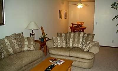 Living Room, The Oaks of Lakeville, 2