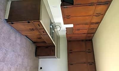Kitchen, 4438 Norwaldo Ave, 1