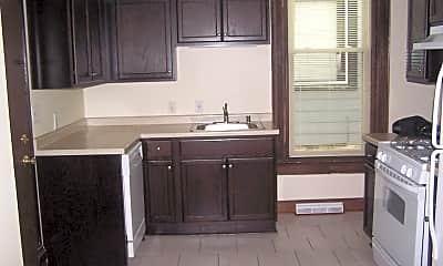 Kitchen, 1636 N Van Buren St, 2