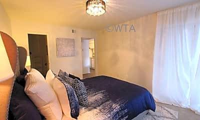 Bedroom, 3600 North Hills, 1