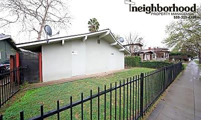 Building, 350 N San Pablo Ave, 1