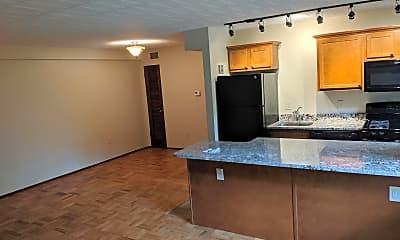 Kitchen, 124 Lacrosse St, 1