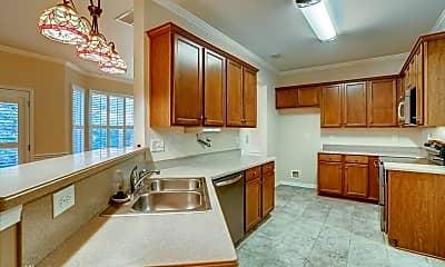 Kitchen, 246 Parkview Pl, 1