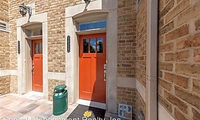 Building, 54598 Twyckenham Dr, 1