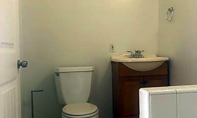 Bathroom, 945 Hanover St, 2