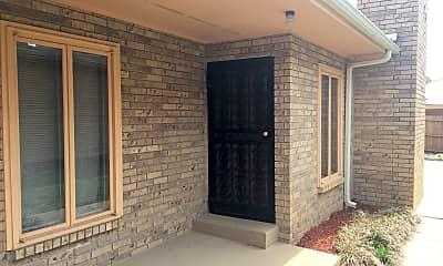 Building, 516 E Elm St, 1