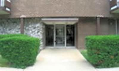 Building, 336 Lathrop Ave 204, 1