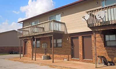 Building, 44 Bellevue Dr, 2