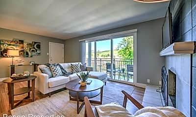 Living Room, 2 Shelley Dr, 1