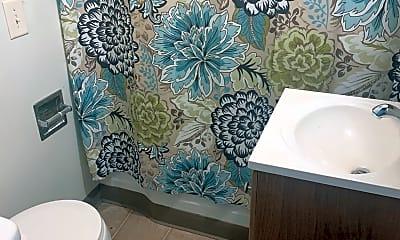 Bathroom, 70 Bigelow St, 2