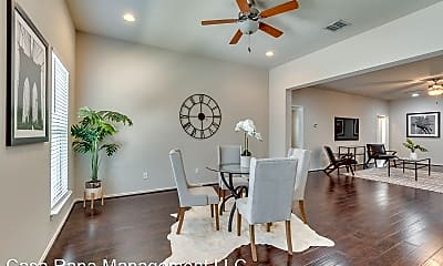 Living Room, 2705 McCart Ave, 1