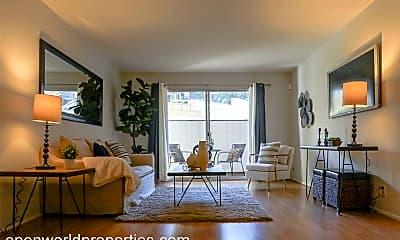 Living Room, 407 Orange Street, Unit 102, 2