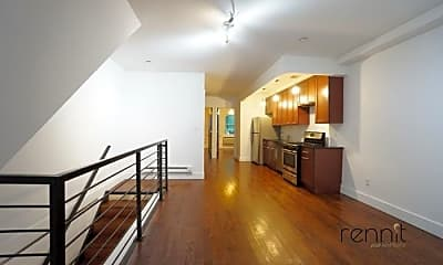 Patio / Deck, 824 Dekalb Ave, 1