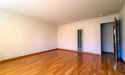Living Room, 665 Roble Ave, 1
