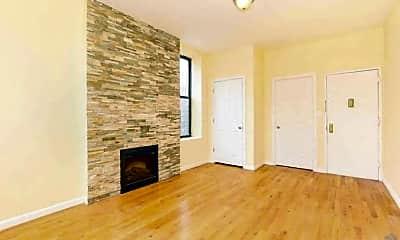 Living Room, 286 W 127th St 4, 1