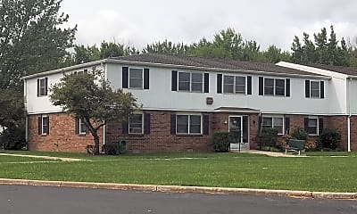 East-Towne Apartments, 0