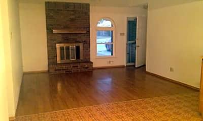 Living Room, 958 Presidio Dr, 1